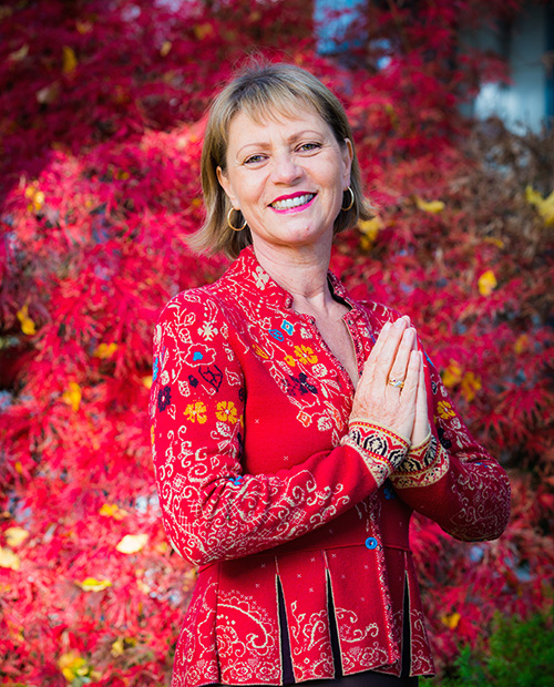Mirka Kraftsow, Viniyoga Training - Northern California, Hawaii, Italy